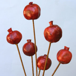 POMEGRANATES POLISHED/STEM
